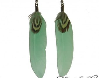 Earrings feathers Mint and natural