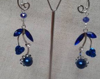 blue flower and Pearl Earrings