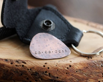 Personalized Guitar Pick With Leather Keychain Pouch, Boyfriend Gift, Guitar Pick, Custom Message Guitar Pick, Custom Keychain, Men's Gift