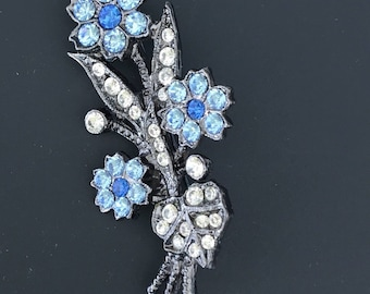 Vintage Bouquet of  Flower Brooch