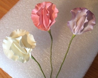 Sugar Paste Sweet Peas Wired  Cake Decorations - Pack of 3