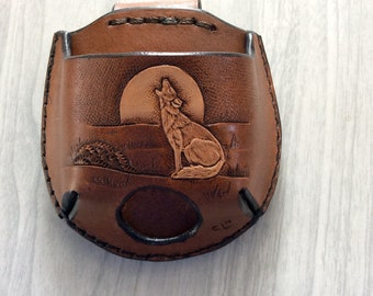 Wolf snuff case,Snuff can holder,leather snuff can holder,snuff holder hang on belt,handtooled leather snuff can holder,wolf jerky case,wolf