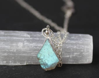 Labradotie Necklace, Labradorite Rough Necklace, Raw Labradorite Necklace, Dainty Gemstone Necklace, Labradorite Pendant Necklace