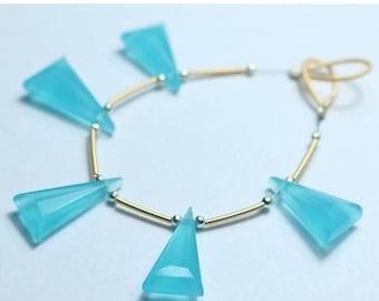 80% OFF SALE 5 Pieces Amazing Apatite Triangle Facetade Briolette Beads