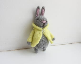 Peter Rabbit / Needle felted Bunny brooch / Gift for kids / Kids jewerly / Eco friendly jewerly / Mother's Day