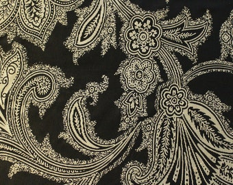 Black Off White Ribbed Flourish  - Fabric by the Yard 042