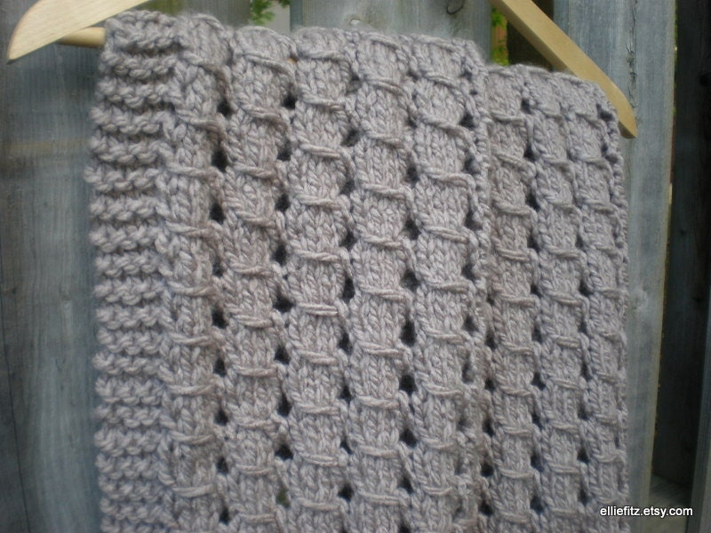 Knitting Chunky Blanket For Beginners: How to knit a blanket watg ...