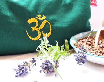 Eye pillows, relaxation, meditation, wellness, OM symbol, lavender, flax seed, wellbeing, green, gold, embroidery,.