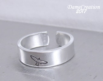 Bird Ring, Bird Jewelry, Raven Ring, Raven Jewelry, Custom Ring, Engraved Rings, Silver Bird Ring, Sterling Silver Ring