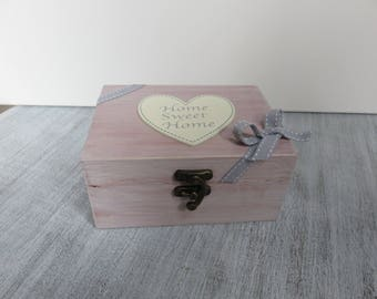 """Patina, decorated with a heart """"Home Sweet home"""" wooden box"""