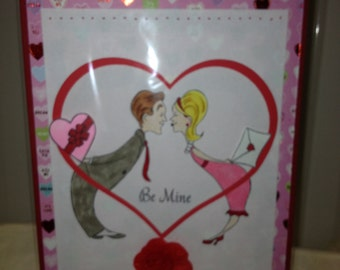 Kissing Couple Be Mine Valentine Greeting Card