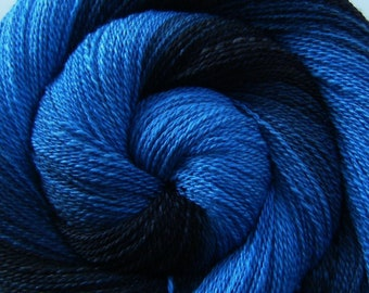 Handspun Yarn Lace Weight Gradient - MIDNIGHT EXPRESS - Hand dyed 70/30 Polwarth/Mulberry Silk, 657 yards, hand spun yarn, gradient yarn