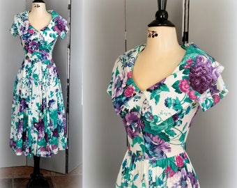 """80s Floral Dress - Deep Pink, Purple & Teal - Very """"Laura Ashley-esque"""" Fun Chelsea Collar - Polyester / Cotton - Size XS"""
