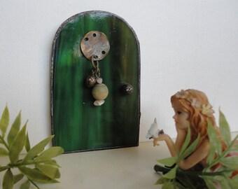 Fairy Door, Stained Glass, Green, Garden Sculpture, Garden, Home Decor, Fae Faerie, Portal, Miniature, Magical, Terrarium Decor,Fairy Garden