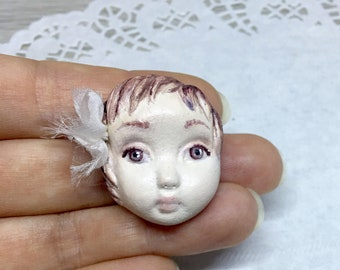 "Handmade Art Doll Brooch Vintage style Paperclay Brooch Pin 3,5 cm (1,4"")"