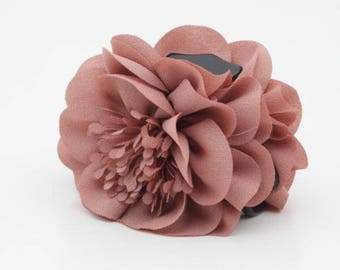 Long Stamen Pistil Flower Hair Claw Clip Women Hair Clamp