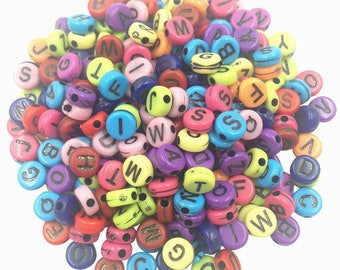 100 pieces colored alphabet beads