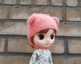 Middie blythe hat....