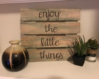 handwritten quote on stained wood home decor