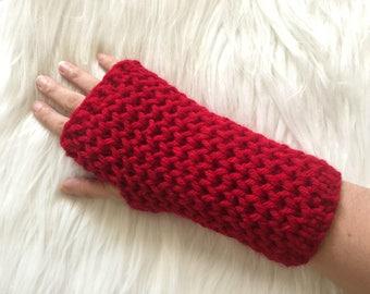 rouges tricoté des mitaines