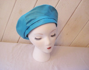 Aqua blue beret or tam, vintage blue tam