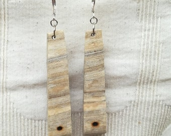 Wooden 'Point' earrings