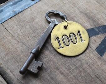 Vintage Skeleton Key - Antique Hotel Keys - Brass Disc Fob - Rustic Home Decor - Primitive Industrial Salvage - Authenic Old - Number 1001