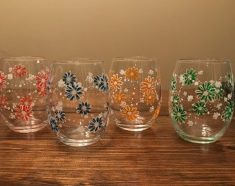Beautiful hand painted summertime fun glassware