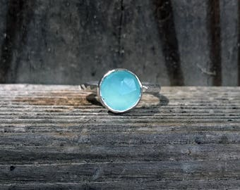 Aqua Chalcedony Ring - Stacking Ring - Minty Green Ring - Light Blue Ring - Faceted Ring - Sparkly Ring - Aqua Ring - Chalcedony - Hammered