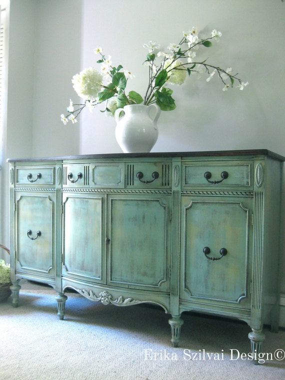 Like this item? - SOLD Vintage Antique Sheraton Style French Country