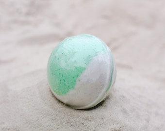 Green Tea Bath Bomb, 100% Natural, Bath Bomb, Bath Fizzer, Bath Fizzy, Bath Fizz, Epsom Salt, Bath Salt, Natural, Bath.