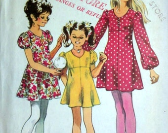 Vintage 70's Simplicity 9848 Sewing Pattern, Girls' Empire Dress, Size 14,32 Breast, Retro 1970's Fashion