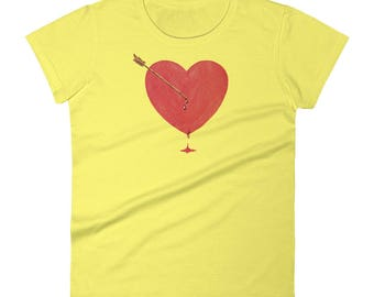 Cute Vintage Style Valentine Love Arrow Heart Shirt - Women's short sleeve t-shirt