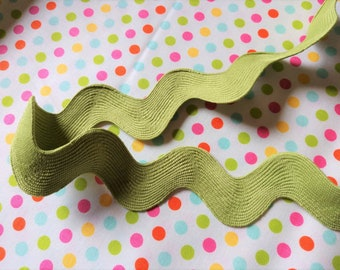 "1 1/2"" JUMBO Riley Blake Sew together Ric Rac in Olive   BTY"