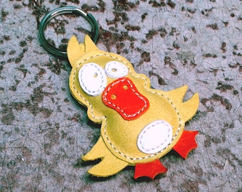Cute little yellow duck keychain - FREE Shipping Wordlwide - Handmade Leather Duck Bag Charm