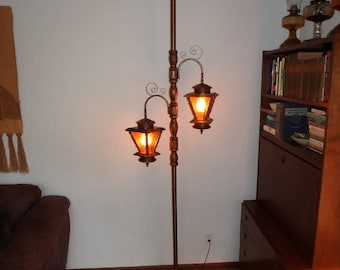 MCM Pole Lamp   Amber Shades   Wood Column   Retro Tension Ceiling To Floor  Fixture