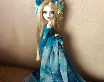Monster Doll High Repaint   Spring Arrives +2 dolls SOLD 3 of 4 payments
