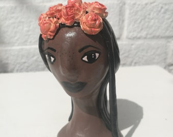Hand-sculpted - clay ornament - flower crown - girl gift- cute character - bust sculpture - clay figure - figurine - clay model - sculpture