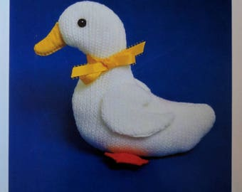 The Little Duck Knitting Pattern for Duckling Soft Toy