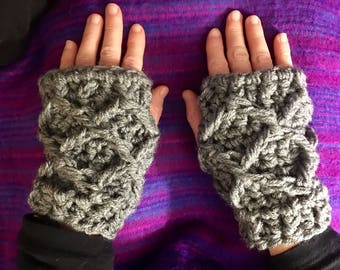 Diamond Cable Texting Mitts - Crochet Fingerless Mittens