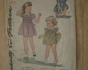 Simplicity Pattern 4998 Girls Smocked Dress with Panties Size 4 Vintage 1940s