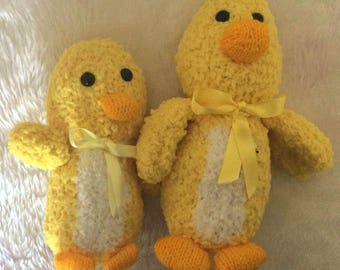 Hand-Knitted Mama and Baby Ducks