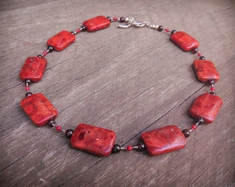 Red sponge coral necklace choker