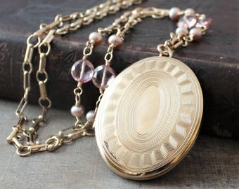 Large Gold Locket Necklace, Oval Gold Locket, Pearl Locket, Gold Picture Locket, Gold Photo Locket, Heirloom Jewelry, Push Gift for Her