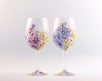 Hand Painted Wine Glasses - Hydrangea Flower Wine Glasses - Mother's Day Wine Glasses - Set of Two