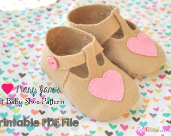 I Heart Mary Janes  Felt Baby Shoe Pattern * PDF Baby Booties Sewing Pattern * Newborn to 12 months * Heart Baby Shoes * Printable Download