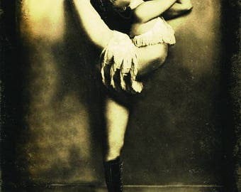 Freakshow - Contortionist- Vintage Circus Art