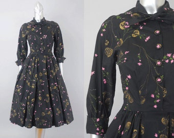 Guinevere Pettigrew novelty print dress | 1940s floral dress | vintage 40s dress