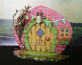 Yorkshire Faerie Door Indoor Fairy Garden - Storybook