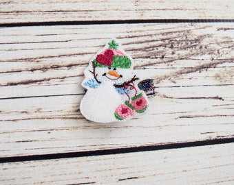 Handcrafted Cute Snowman Feltie Clip - Winter Wonderland Birthday Favor - Snowman Baby Girl Accessory - Small Hair Clip - Stocking Stuffers
